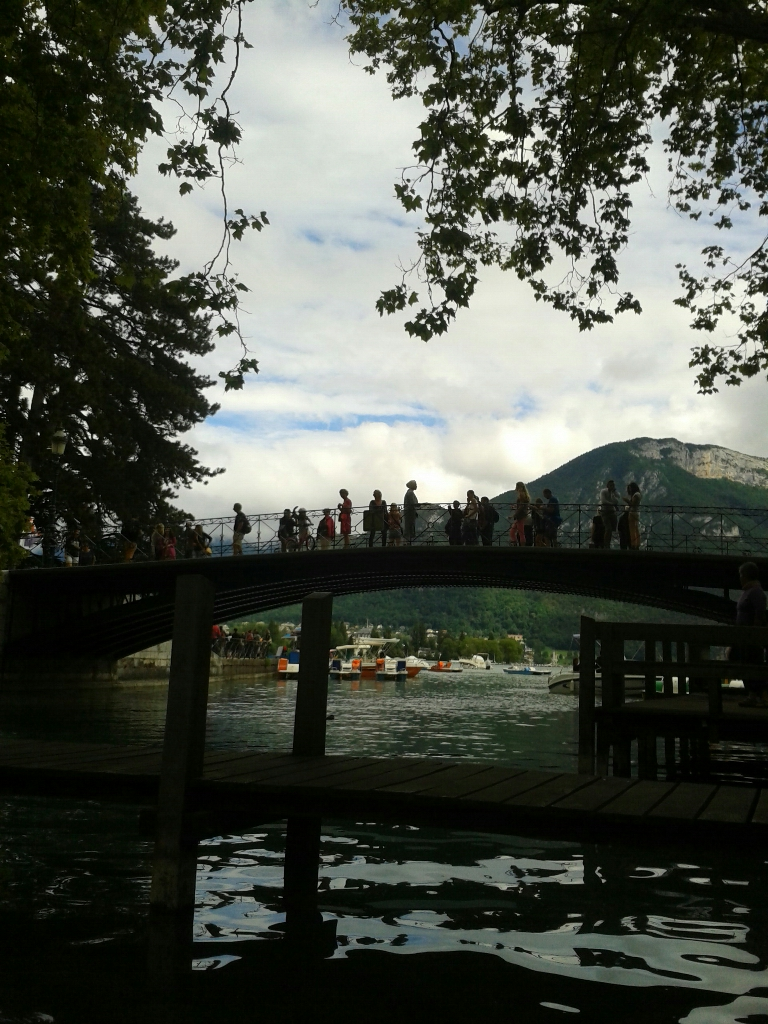 pont annecy