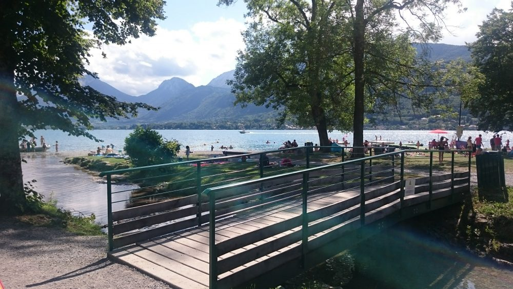 plage angon lac annecy