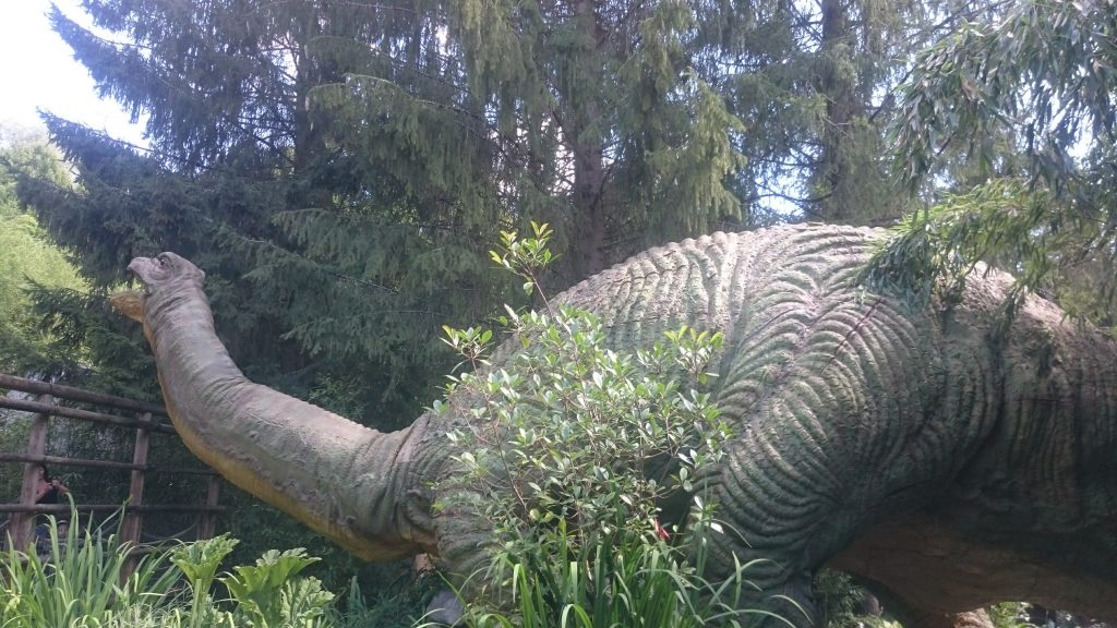 dinosaure nigloland