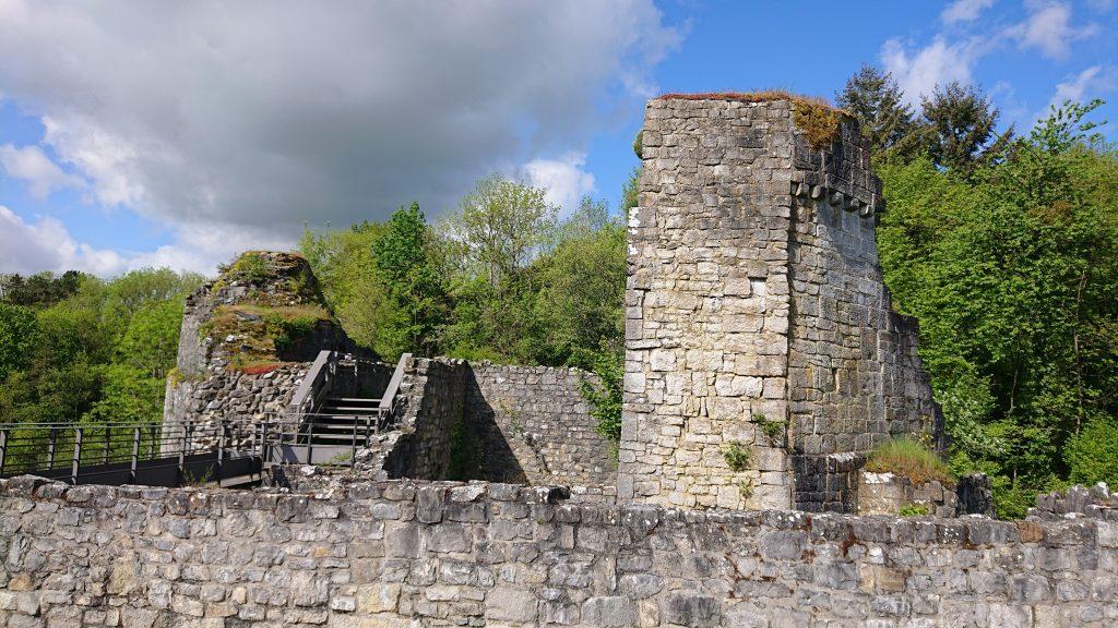 ruines crevecoeur dinant